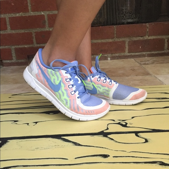 best service 16980 f0edb Womens nike free 5.0 gs like new white chalk blue